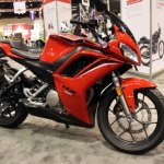 Hero HX250R at AIMExpo front three quarter