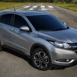Honda HR-V Brazil front three quarter