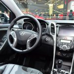 Hyundai i30 CNG centre console at the 2014 Paris Motor Show