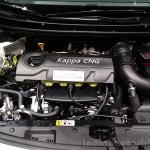 Hyundai i30 CNG engine at the 2014 Paris Motor Show
