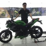 Kawasaki Z250 side from the India launch
