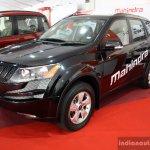 Mahindra XUV500 front three quarter Plus at the 2014 Colombo Motor Show Sri Lanka