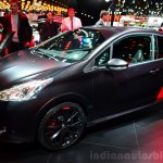 Peugeot 208 GTi 30th Anniversary Edition front three quarter at the 2014 Paris Motor Show