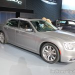 2015 Chrysler 300 front three quarters at the 2014 Los Angeles Auto Show