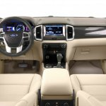 2015 Ford Endeavour interior