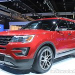 2015 Ford Explorer front three quarters left at the 2014 Los Angeles Auto Show