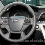 2015 Hyundai Sonata steering wheel at 2014 Guangzhou Motor Show