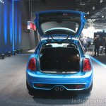 2015 Mini Cooper 5-door Hardtop boot at the 2014 Los Angeles Auto Show