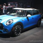 2015 Mini Cooper 5-door Hardtop front three quarters at the 2014 Los Angeles Auto Show