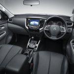2015 Mitsubishi Triton cabin