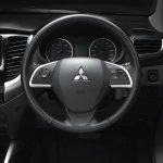 2015 Mitsubishi Triton steering