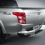 2015 Mitsubishi Triton taillight