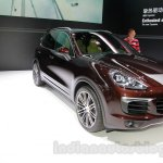 2015 Porsche Cayenne Facelift front quarters at the 2014 Guangzhou Auto Show