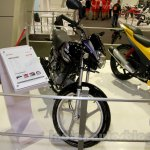 Hero HF Deluxe front three quarter at EICMA 2014