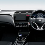 Honda Grace Hybrid dashboard