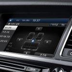 Hyundai Aslan centre console