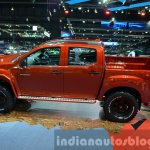 Isuzu D-Max special edition side view at the 2014 Thailand Motor Expo