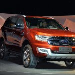 Live 2015 Ford Endeavour front