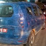 Renault Lodgy taillight spied in India