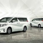 2015 Toyota Alphard front and rear Japan