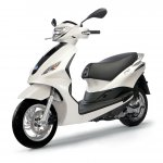 Piaggio Fly front quarters