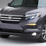 2016 Honda Pilot grille press shots