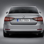 2016 Skoda Superb rear view