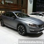 Volvo S60 Cross Country front three quarters at the 2015 Geneva Motor Show