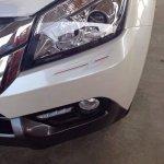 2015 Isuzu MU-X limited edition headlamps