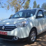 2015 Renault Lodgy Press Drive front quarter