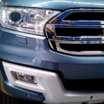 2016 Ford Endeavour 3.2L headlight spied