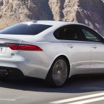 2016 Jaguar XF rear three quarter zoom-in
