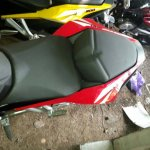 Bajaj Pulsar RS200 ABS seats