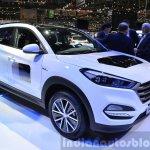 Hyundai Tucson 48V Hybrid Concept front three quarters at the 2015 Geneva Motor Show