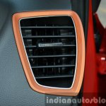 Hyundai i20 Active petrol AC vents Review