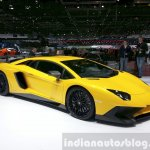 Lamborghini Aventador SV front three quarter view at the 2015 Geneva Motor Show