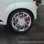Suzuki iM-4 concept alloy wheel at 2015 Geneva Motor Show