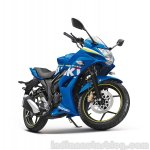 Suzuki Gixxer SF front quarter press shot