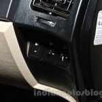2015 Mahindra XUV500 facelift W10 buttons