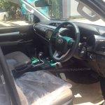 2016 Toyota Hilux Revo interior revealed