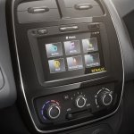 Renault Kwid center console press image