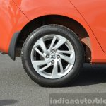 2015 Honda Jazz Diesel VX MT wheel Review