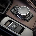 2016 BMW X1 iDrive buttons