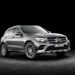 2016 Mercedes GLC front quarter (1) unveiled press images