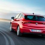 2016 Opel Astra rear leaked