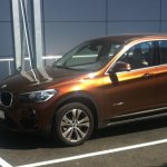 2016 BMW X1 front three quarter spotted in the wild post unveil