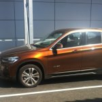 2016 BMW X1 side spotted in the wild post unveil