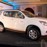 2016 Chevrolet Trailblazer front three quarter unveiled in Delhi