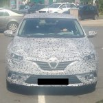 2016 Renault Megane front test mule spyshot