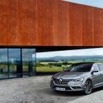 2016 Renault Talisman front quarter (1) unveiled